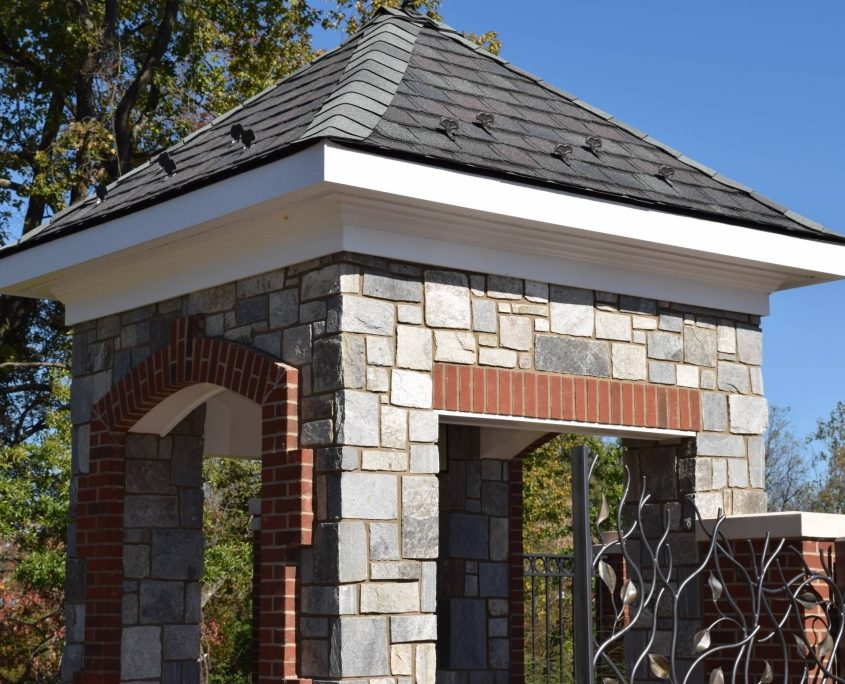 Squared & Rectangle Stone Veneer outdoor stone wall