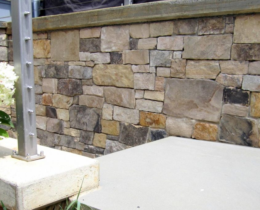 natural veneer stone on house